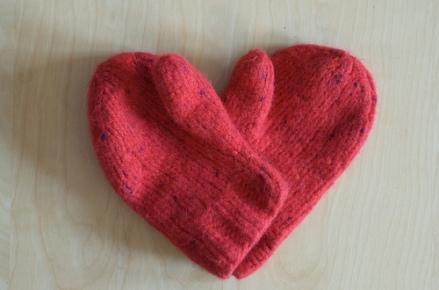 woolen-mittens